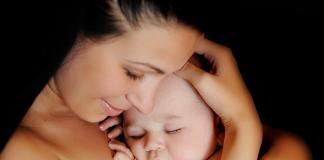 Szülők Háza Magazin, baba, anya, csecsemő, illat