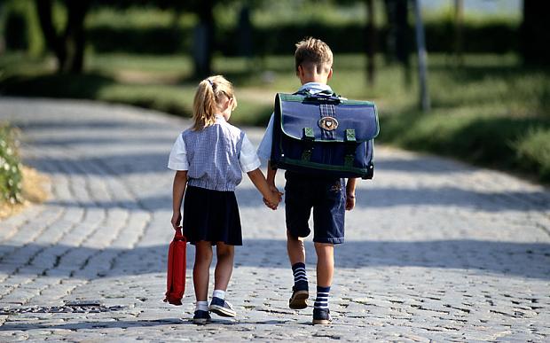 iskolaundor, Szülők Háza Magazin, iskola, első osztály
